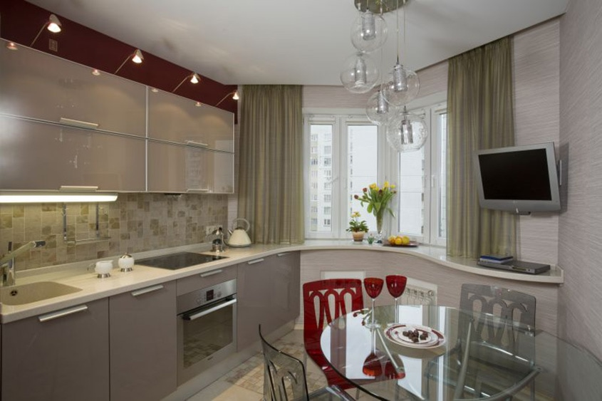 Дизайн кухни 15 кв.м с эркером
