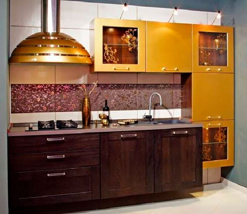 Кухни дизайн в золотом цвете