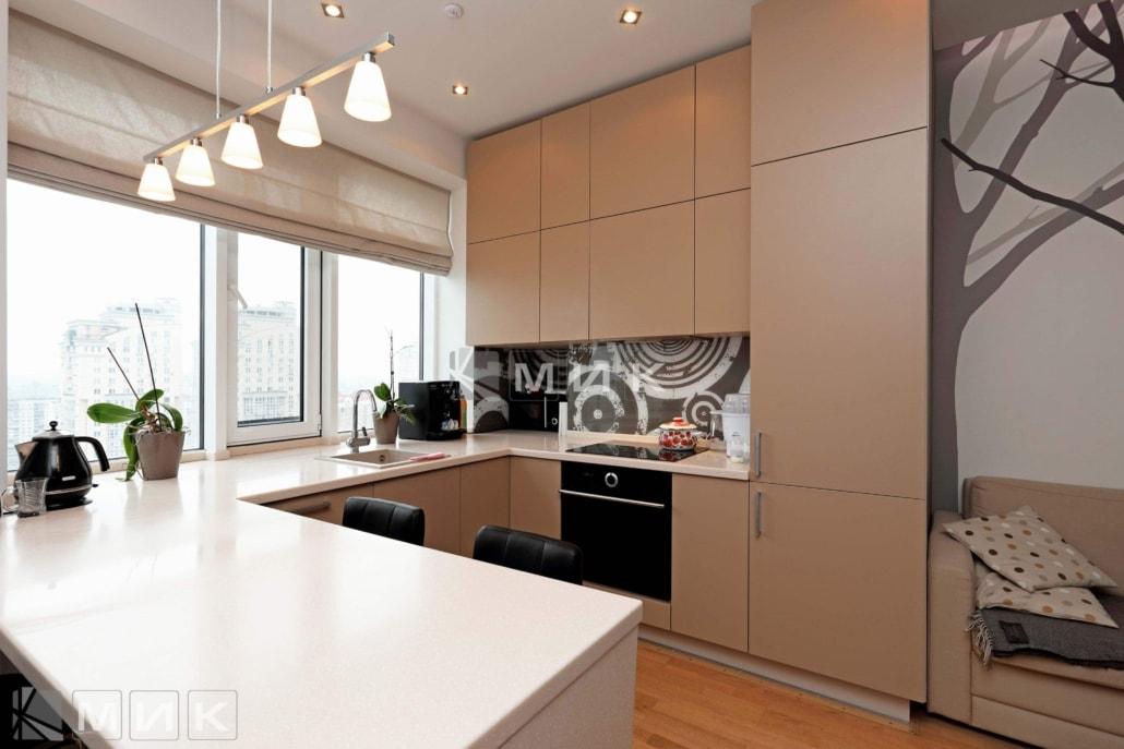Кухня-студия-бежевая-4002
