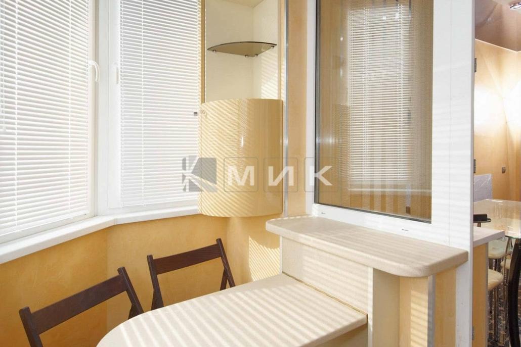 Шкаф на балкон, купите мебель для организации порядка и комф.