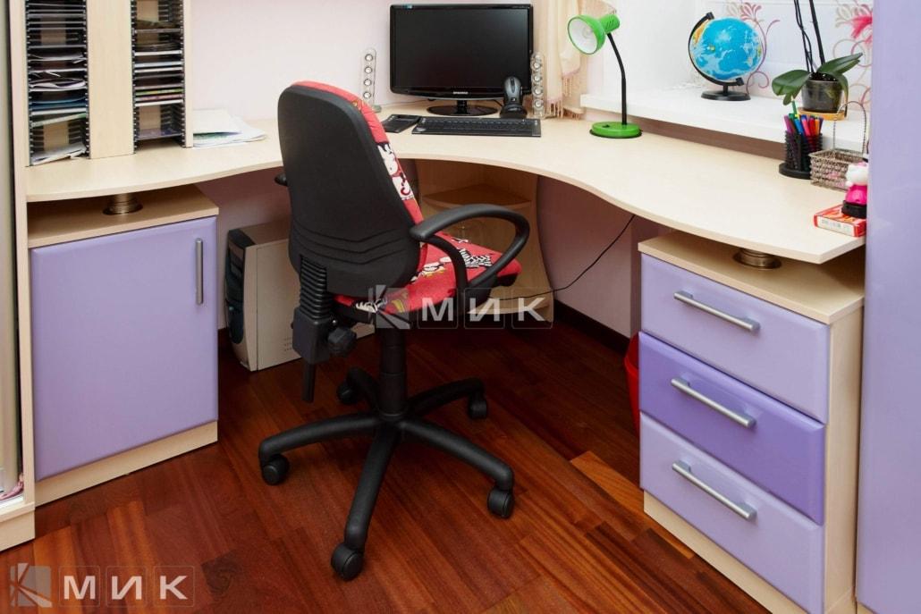 Компьютерной-стол-стандарт-104