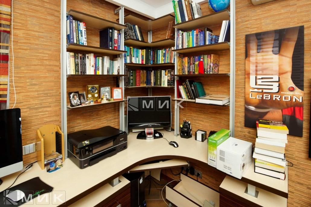 Компьютерной-стол-с-надстройкой-107