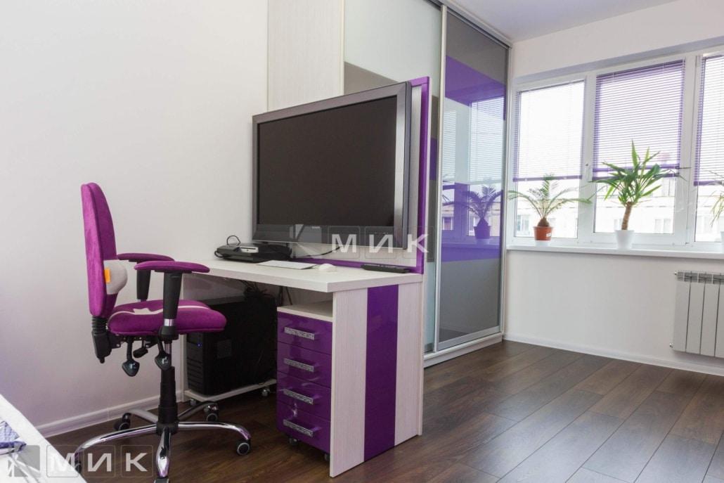 Компьютерной-стол-фиолетовый-116