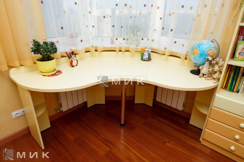 Компьютерной-стол-для-двоих-121