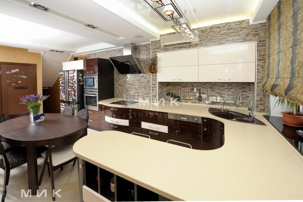 шпонированная-кухня-студия-от-MIK-4074