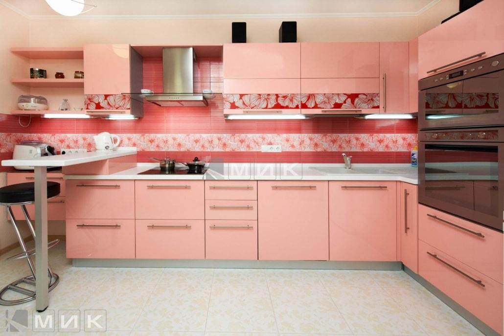 МДФ-кухня-в-розовом-цвете-6009
