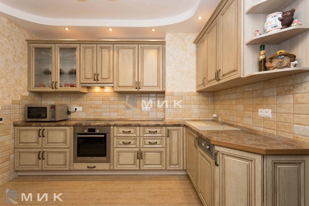 МДФ-кухня-классическая-светлая-6025