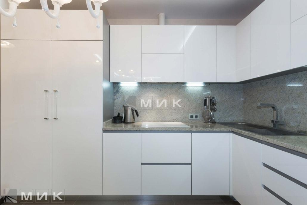 МДФ-кухня-белая-в-стиле-модерн-6026
