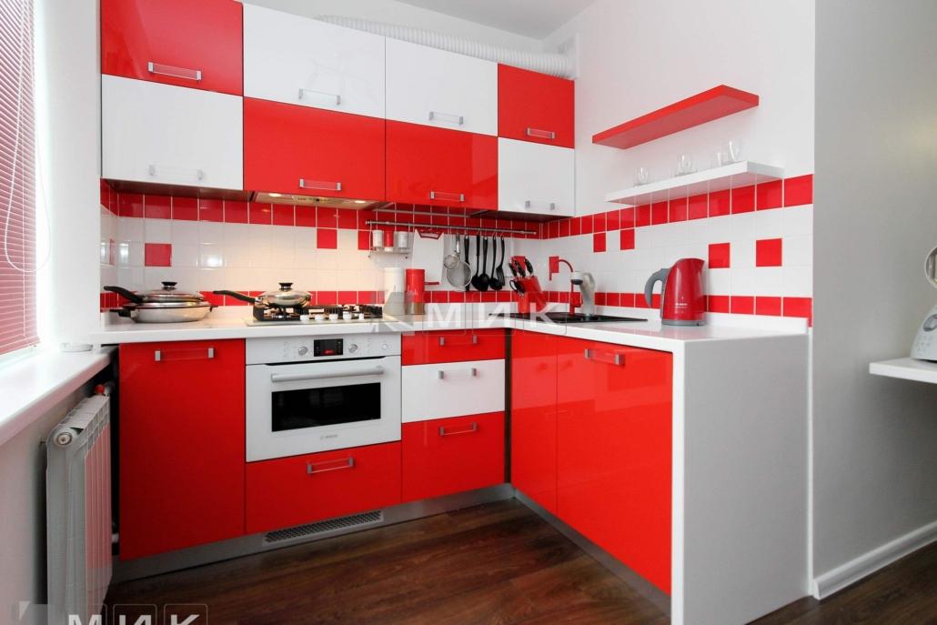 МДФ-кухня-угловая-красная-6037