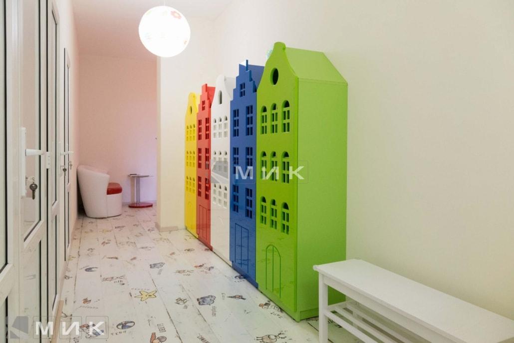 шкафы-для-одежды-домики-102