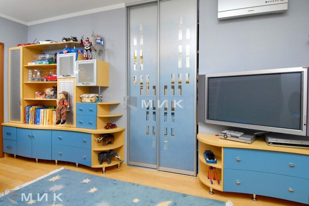 интерьер-детской-в-синем-цвете-115