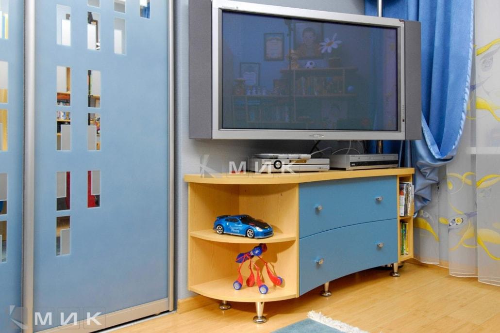 тумба-под-телевизор-в-синем-цвете-116