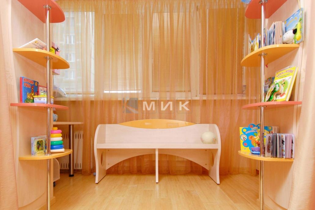 Фото-детской-мебели-в-оранжевом-цвете-120