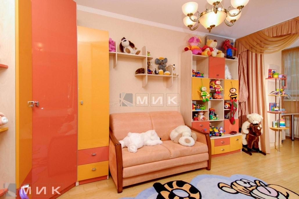 Фото-детской-мебели-в-оранжевом-цвете-123