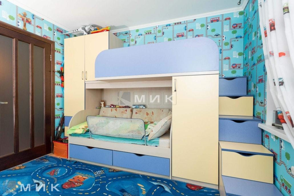 двухъярусная-кровать-со-ступеньками-130