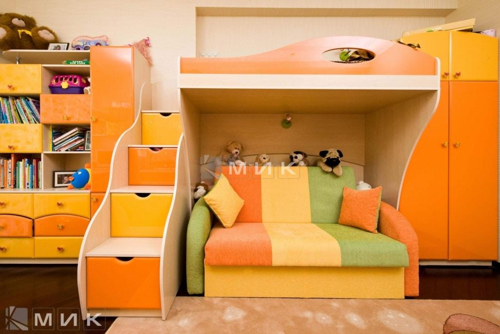 двухъярусная-кровать-оранжевых-тонах-173
