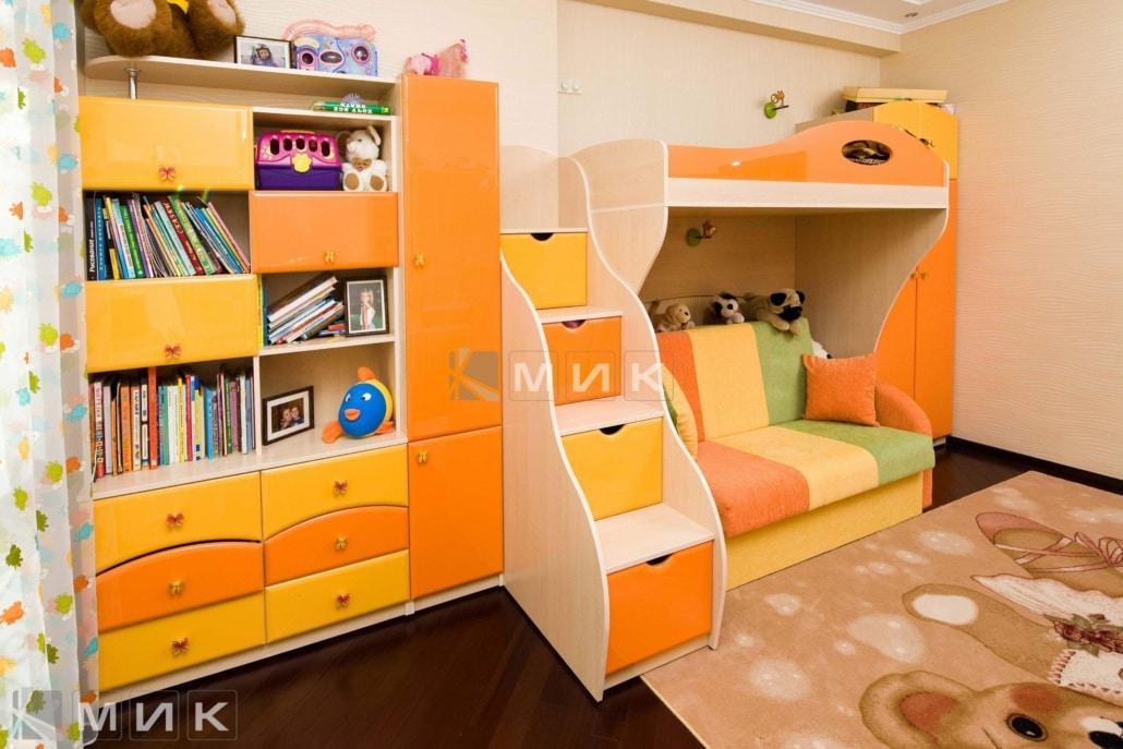 стенка-и-двухъярусная-кровать-оранжевых-тонах-174