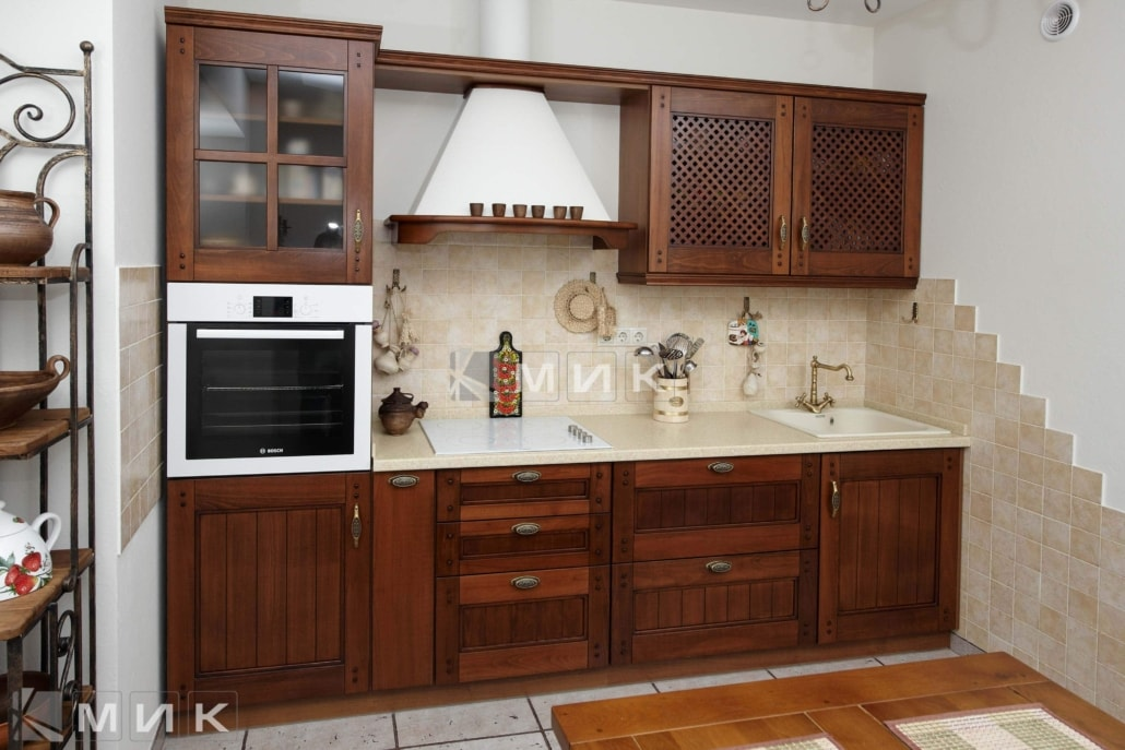 классическая-кухня-из-дуба-3011