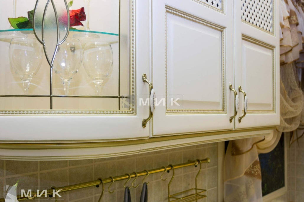 фурнитура-для-классической-кухни-3041