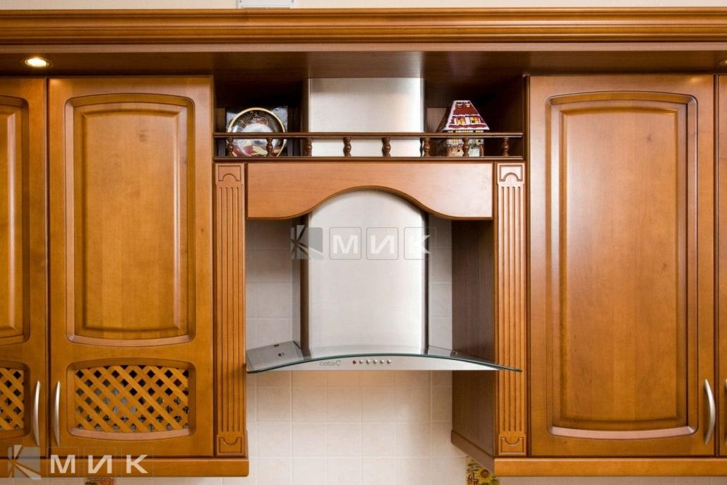 вытяжка-для-классической-кухни-3045