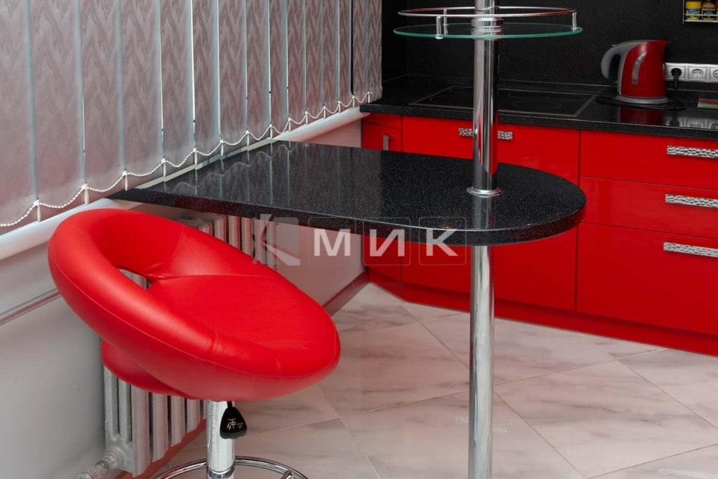красивая-красная-кухня-гнутая-7025