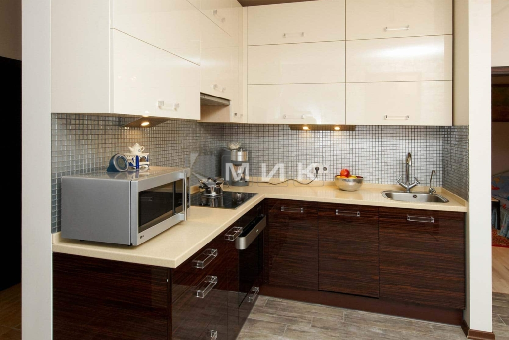 маленькая-кухня-шпонированная-5014