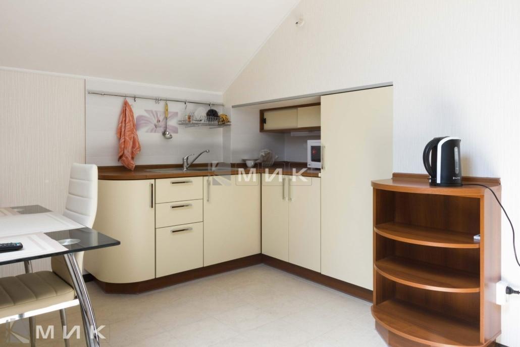 маленькая-радиусная-кухня-на-фото-5024