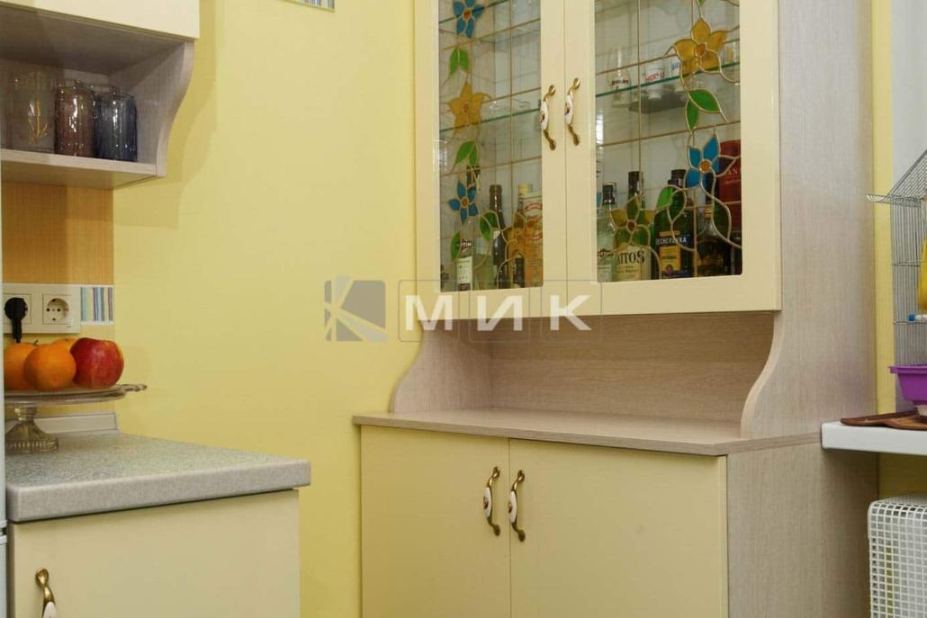 шкаф-в--кухню-цвета-слоновой-кости-5029