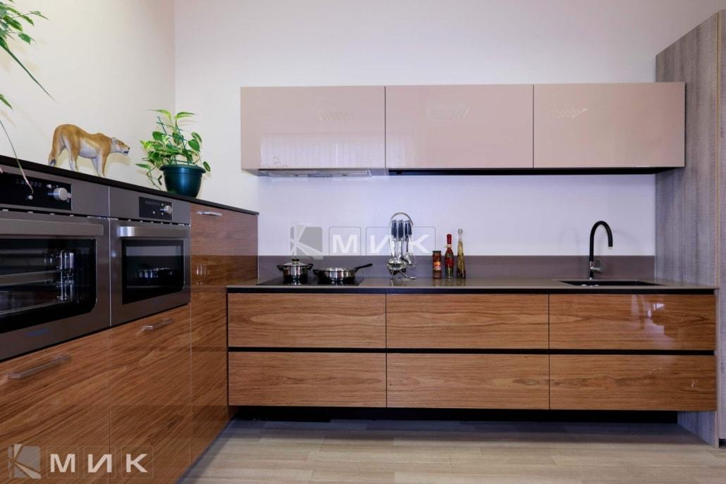 дизайн-кухни-хай-тек-от-MIK-2009