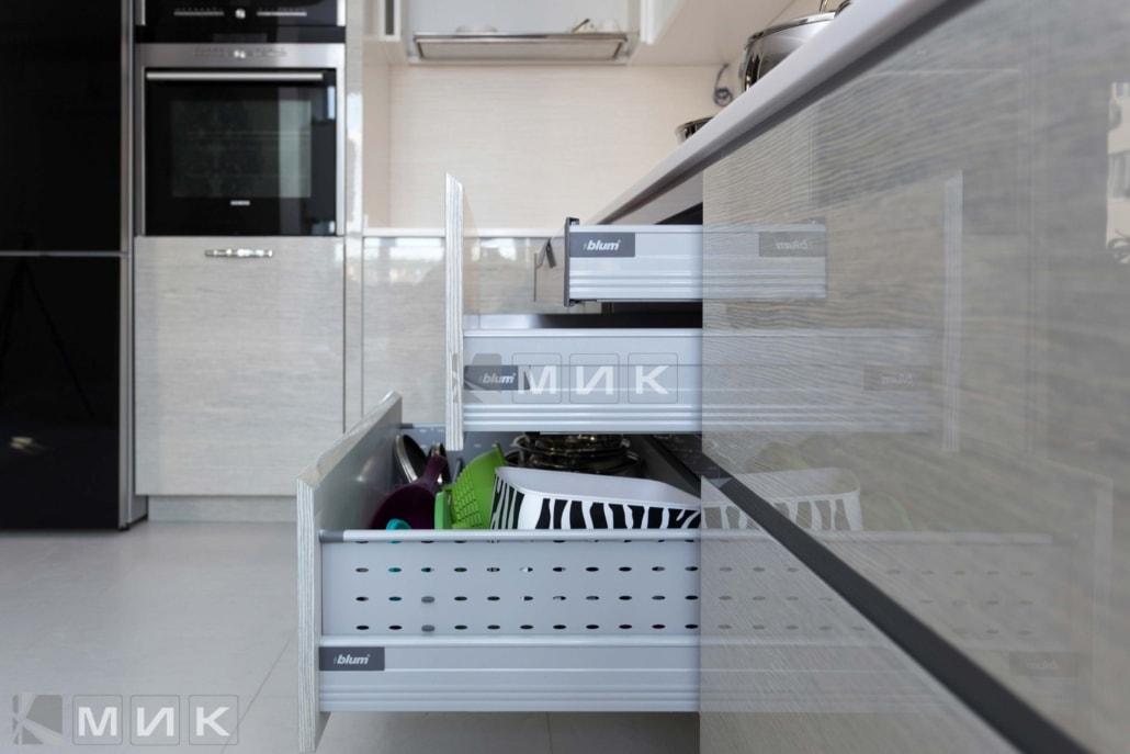 современная-фурнитура-для-кухни-на-фото-2028