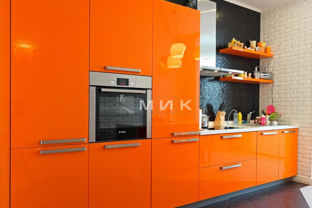 оранжевая-кухня-на-фото-2038