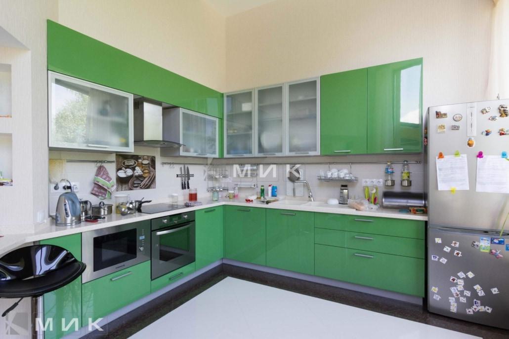 салатовая-кухня-под-заказ-2050