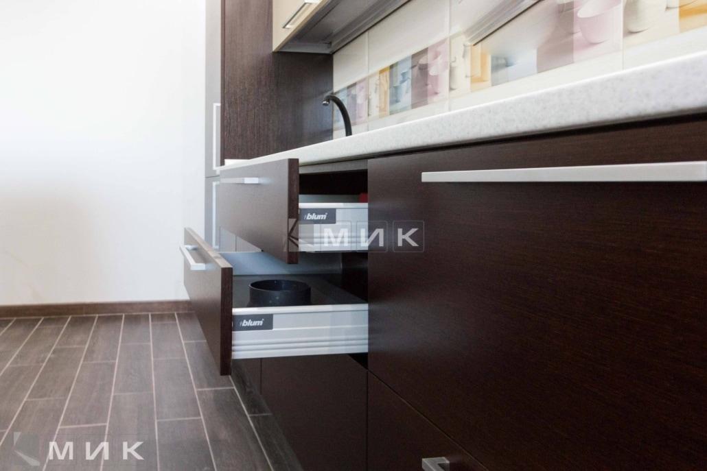 современная-фурнитура-на-кухне-2080