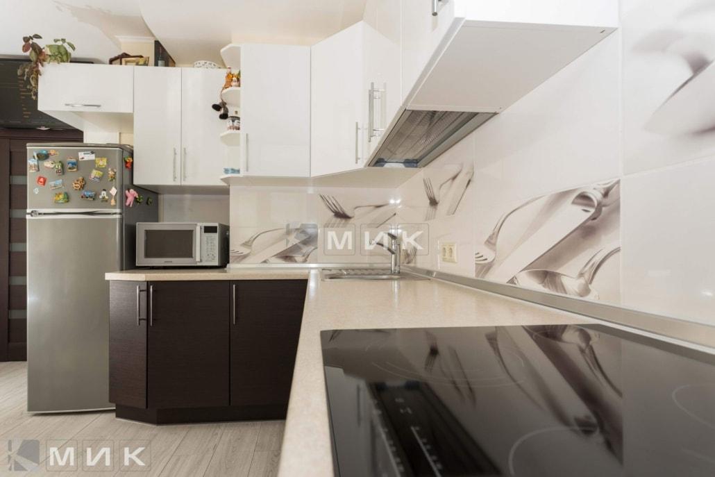 кухня-в-стиле-модерн-на-фото-2084