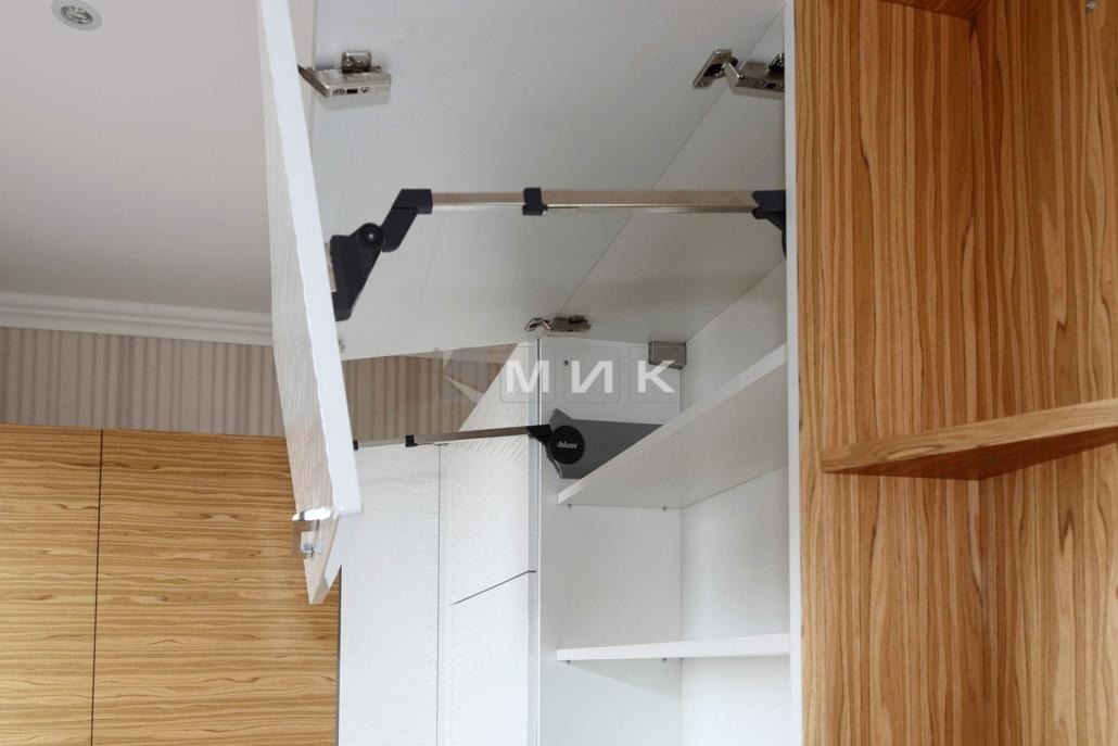 качественная-фурнитура-для-кухни-2101
