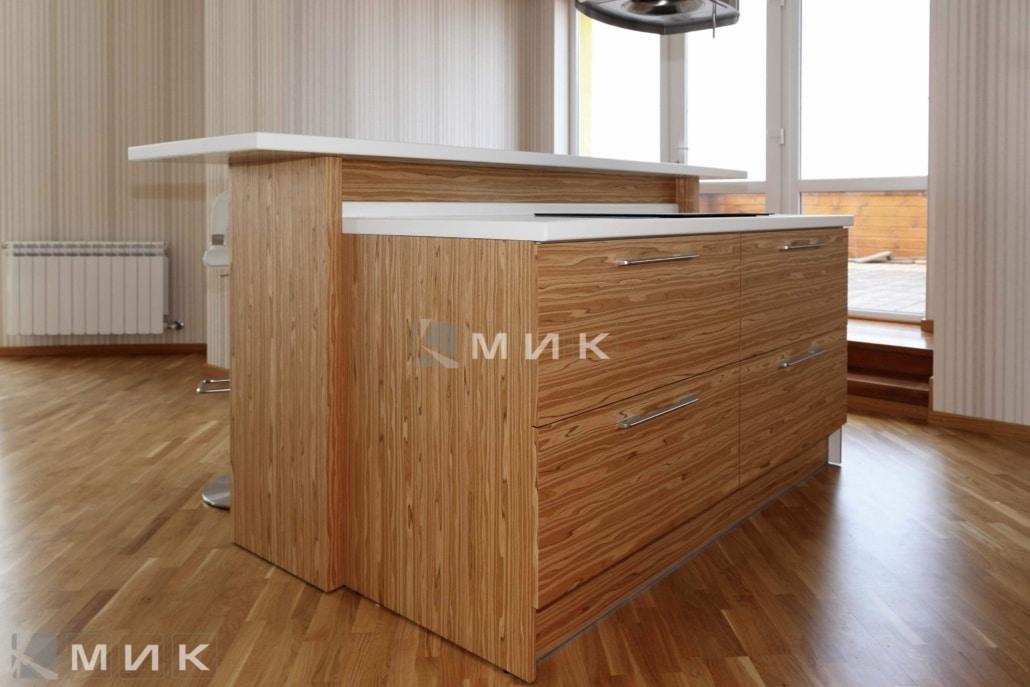 кухня-из-натурального-шпона-от-MIK-2105