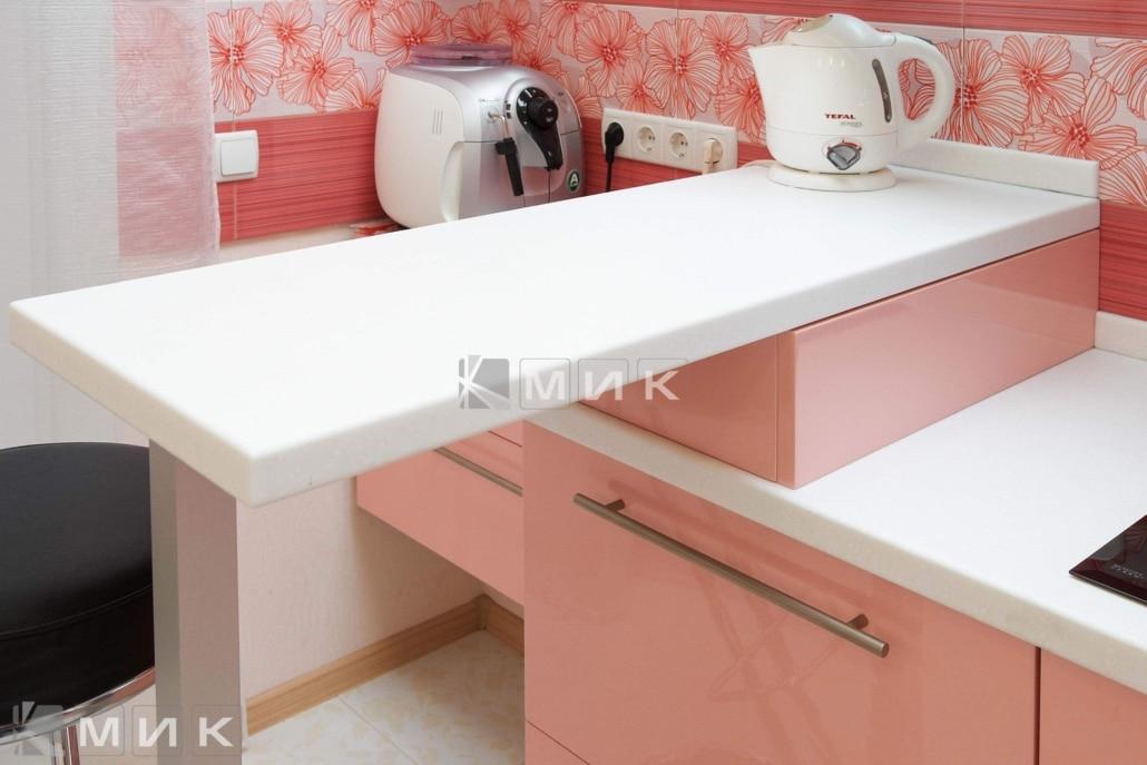 кухня-в-розовом-цвете-2112