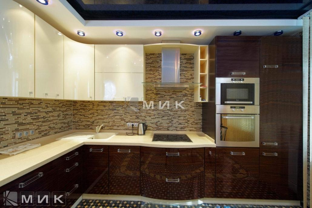 модная-кухня-из-шпона-от-MIK-2117