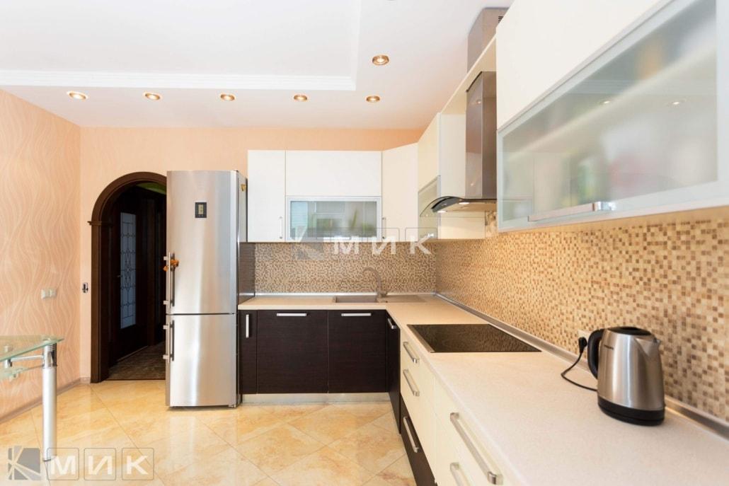 кухня-венге-с-белым-от-MIK-2138