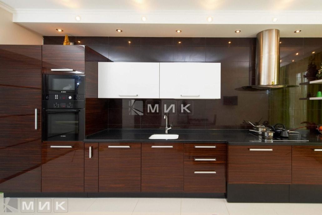 кухня-из-коричневого-шпона-2161