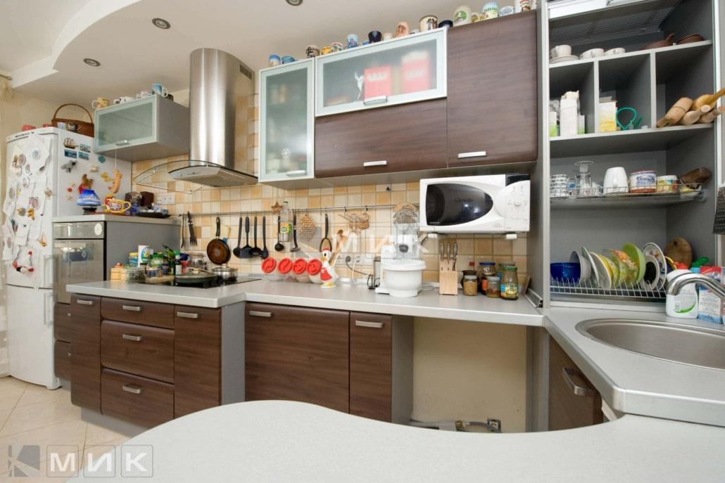 кухня-с-мдф-фасадами-в-стиле-модерн-2176