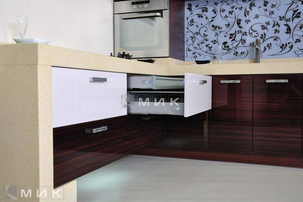надёжная-фурнитура-для-кухни-2211