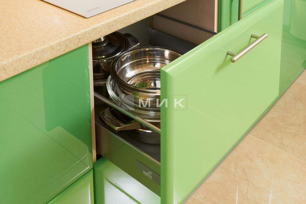 надёжная-фурнитура-для-кухни-2234