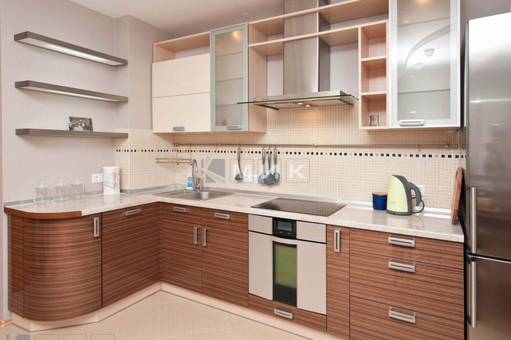 угловая-кухня-шпонированная-5001