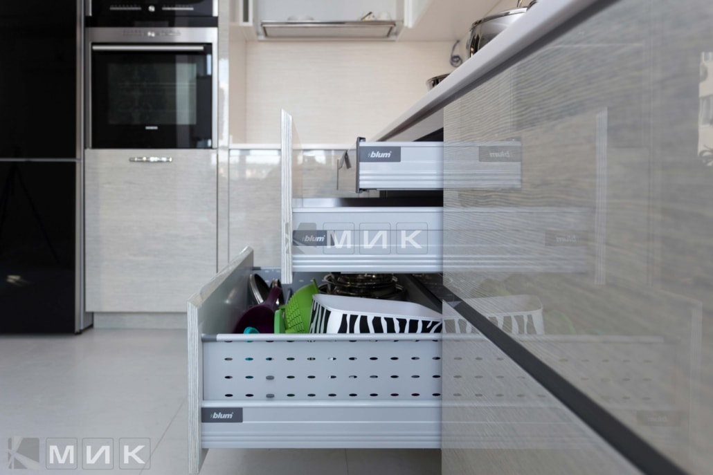 качественная-фурнитура-для-кухни-от-MIK-1016