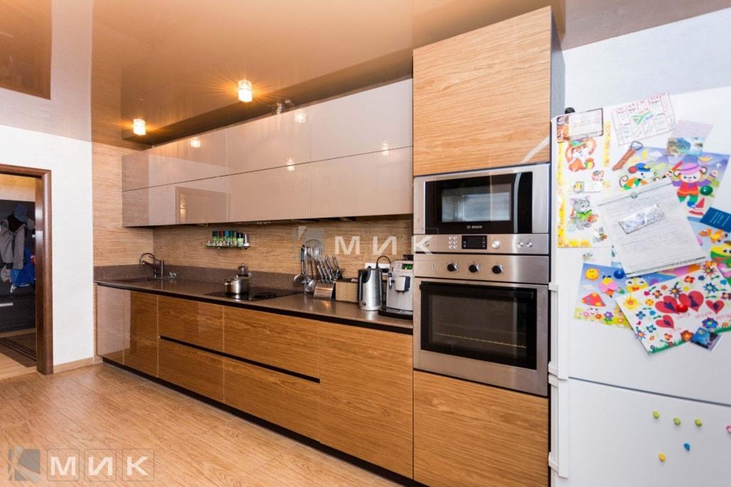 кухня-с-глянцевым-шпоном-1056