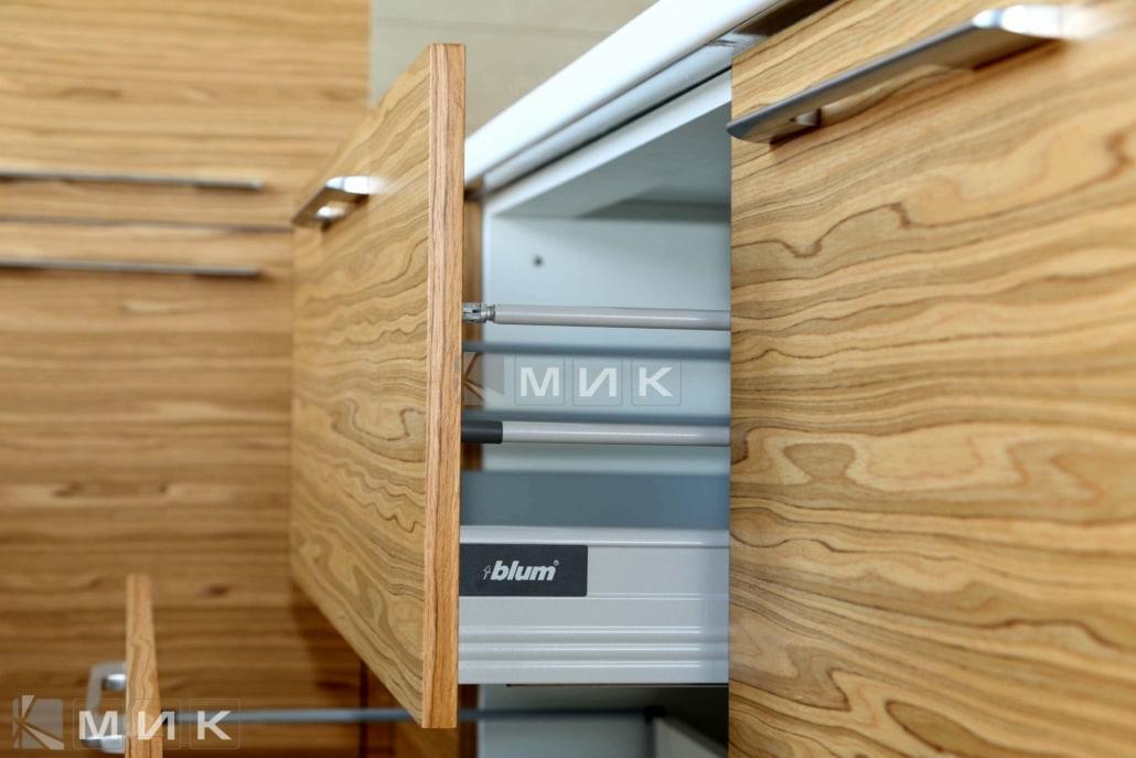 фурнитура-для-кухни-на-фото-1107