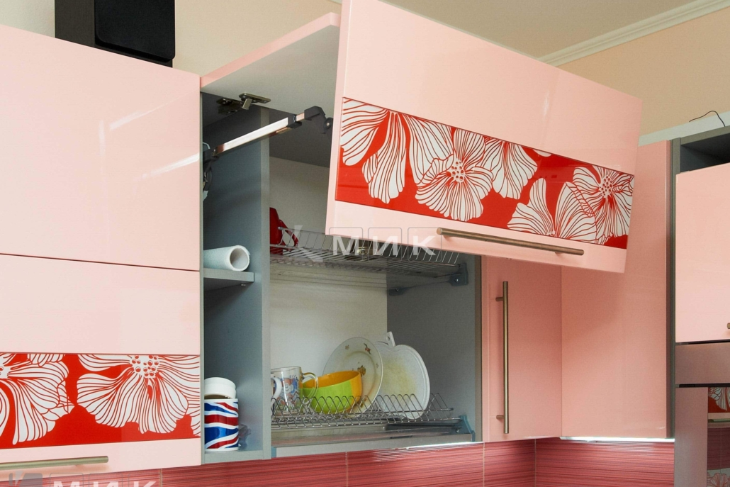 розовая-кухня-под-заказ-от-МИК-1112