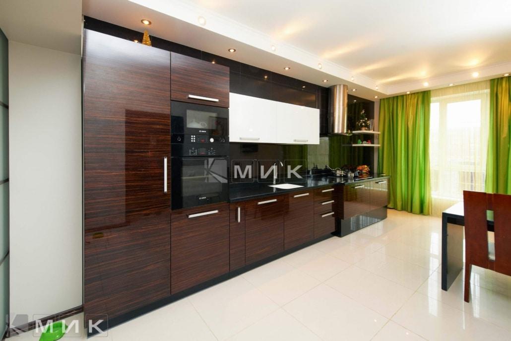 кухня-из-коричневого-шпона-на-заказ-1158