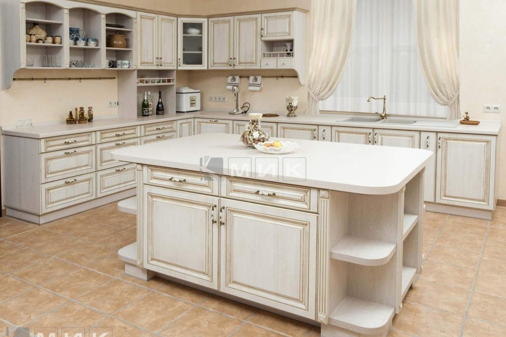 просторная-классическая-кухня-1201